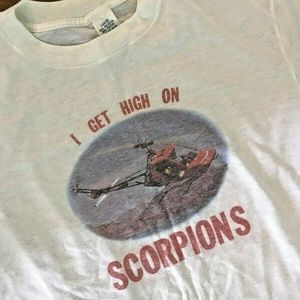 VTG 80s I Get High on Scorpions Helicopter Shirt L